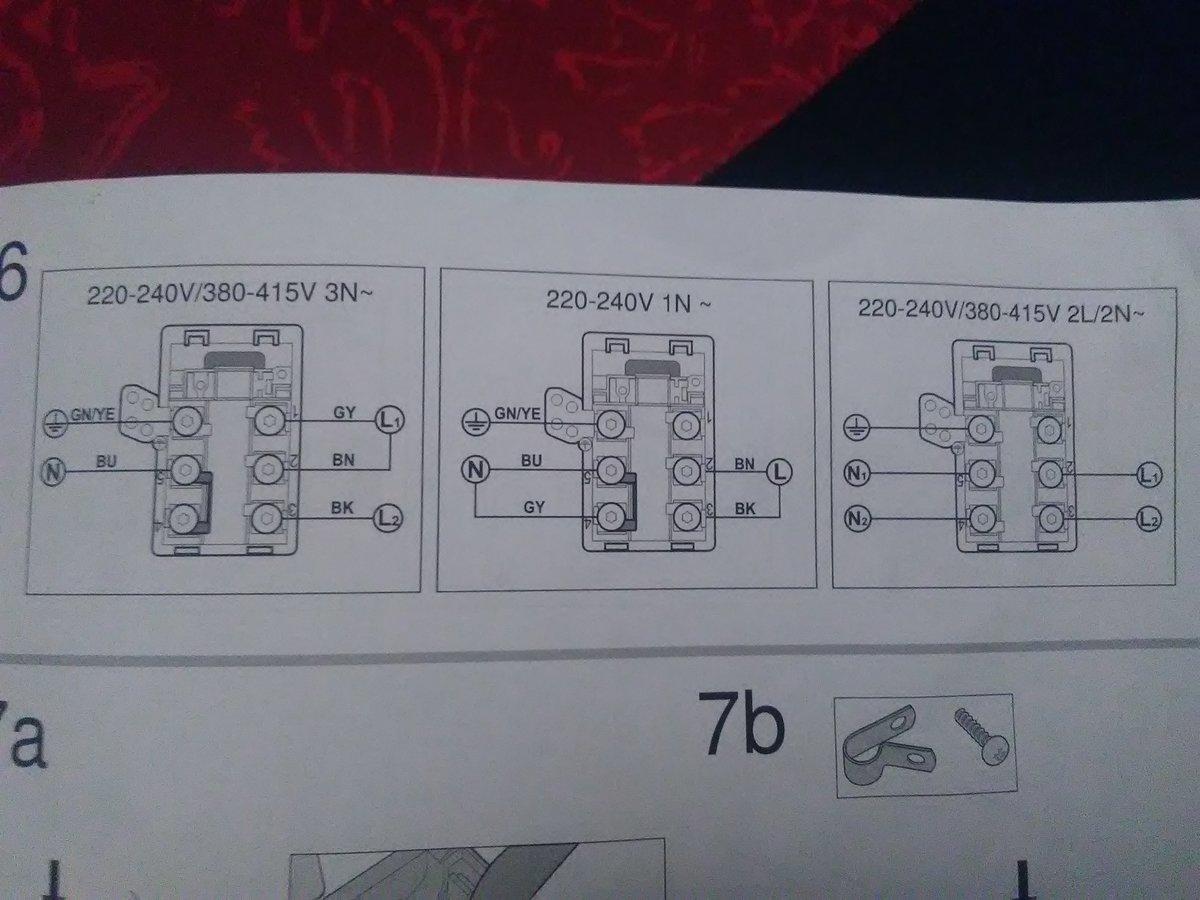 probleme de branchement plaque induction siemens ed651fjb1e en triphase. Black Bedroom Furniture Sets. Home Design Ideas
