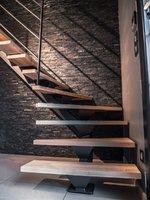 escalier-limon-central-acier.jpg